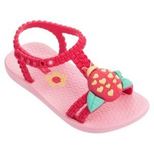 IPANEMA Cute Ladybug Pink Baby Thongs Sandals NWT